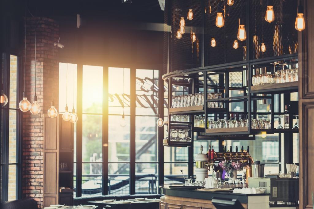 Interno illuminazione bar