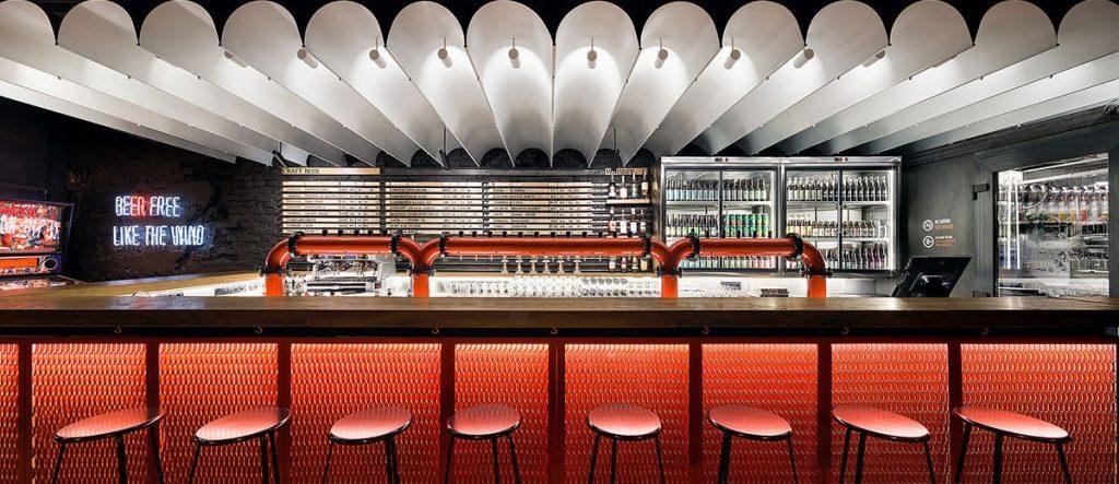 illuminazione bar, colore luce