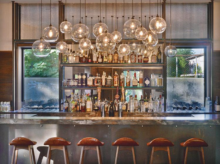 illuminazione sospensioni banco bar